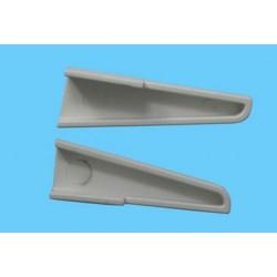 Main wing fastener