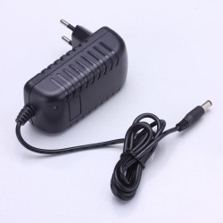 18650 Rechargeable Lithium Battery Charger DC 5.5mm * 2.1mm Portable Charger for 1 2 3 4 String Lithium
